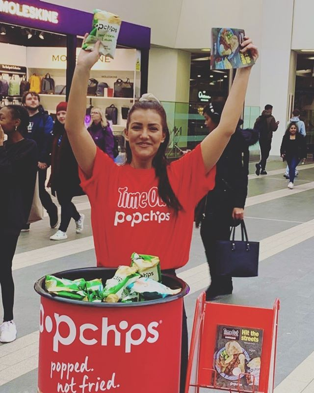 Today we're in #birmingham New St station giving away FREE @popchipsUK and @TimeOutLondon guides. It's your last chance to come and say hi! We're here until 7pm if they don't all go before