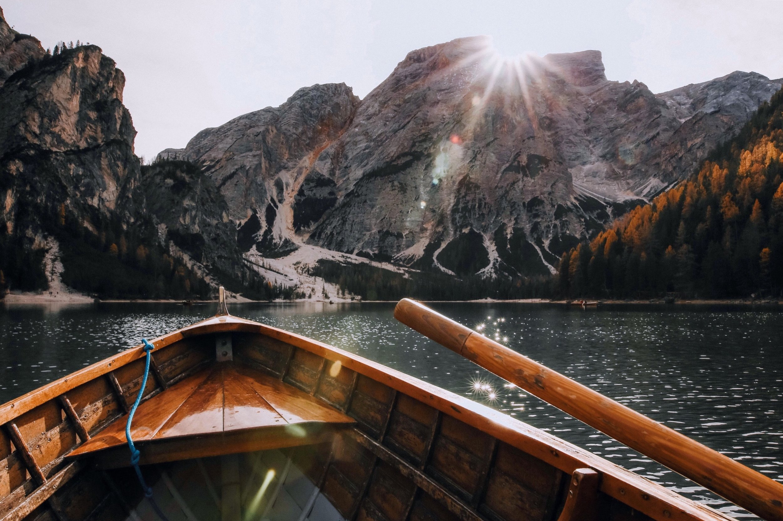 boat-daylight-lake-675764.jpg
