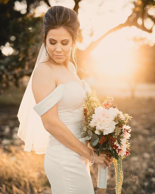 """And in the middle of my chaos, there was you."" • • • • •  #wanderlust #lovelight #engagement #engaged #weddinginspiration #love #indiebride #weddinginspo #instawedding #thatsdarling #lookslikefilm #jkazen #freespiratedbrides #weddingdress #bridal #bride #bridetobe #bridaldress #bridalgown #loveandwildhears #dirtybootsandmessyhair"