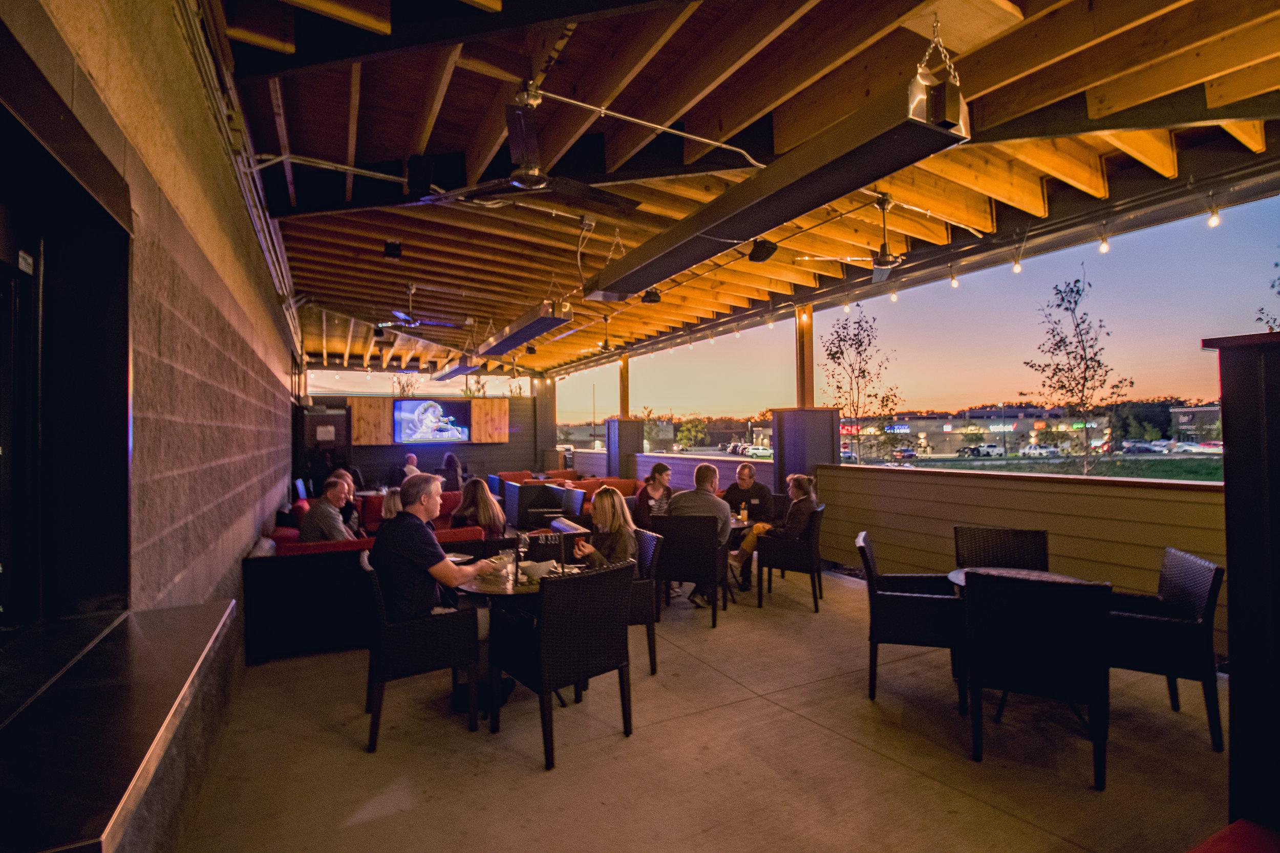 WestEnd Lounge Patio