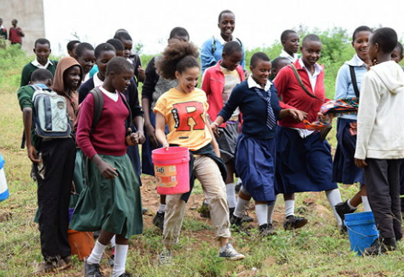 student_service_tanzania_resize_72dpi_crop.jpg