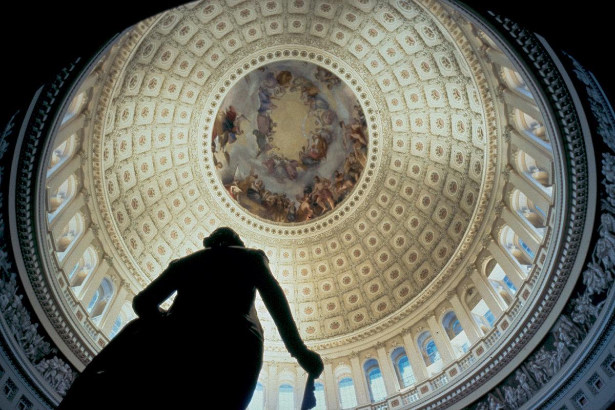 us-capitol-building-dome-interior.jpg