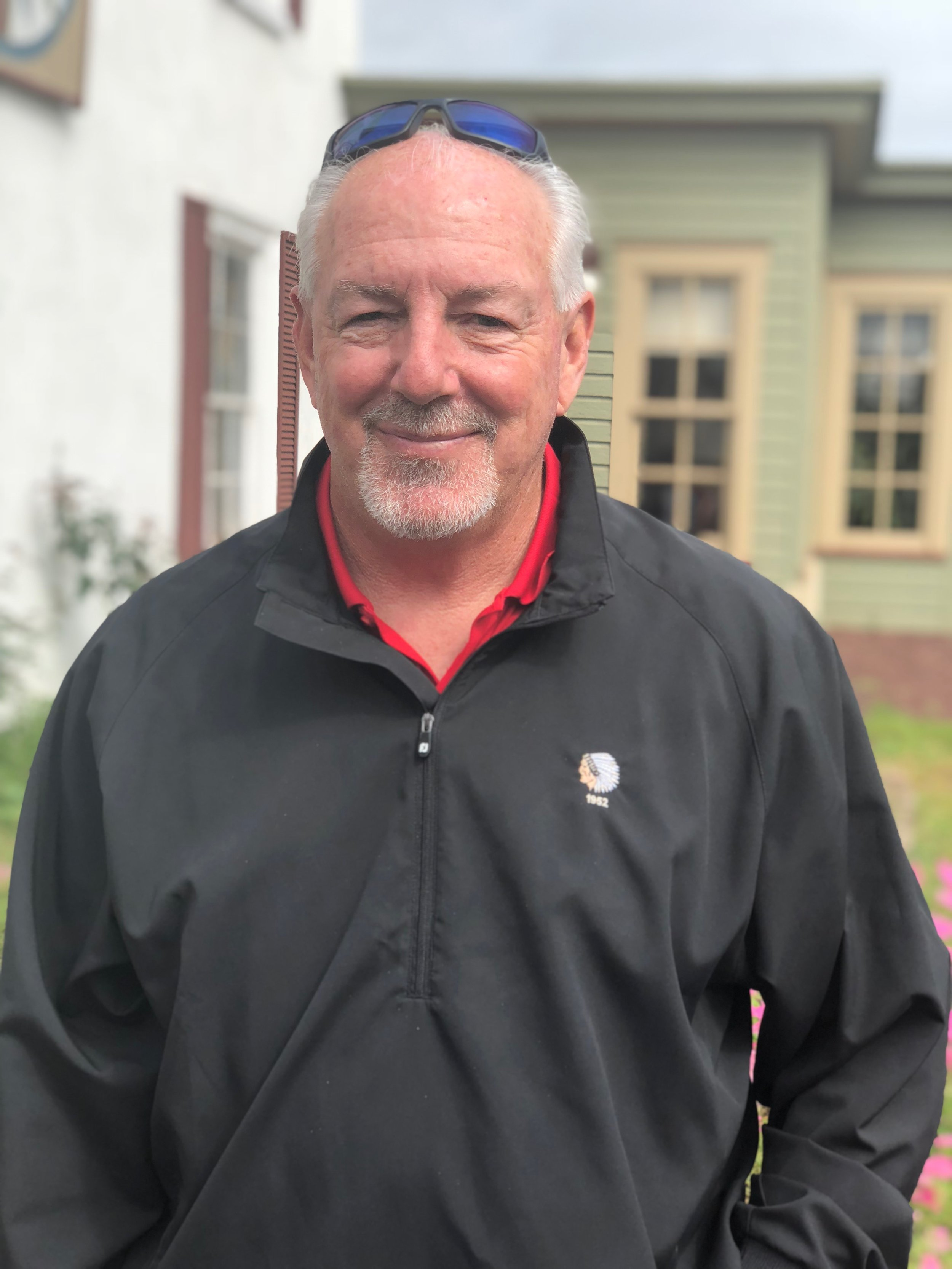 Karl Bauz (CEO)