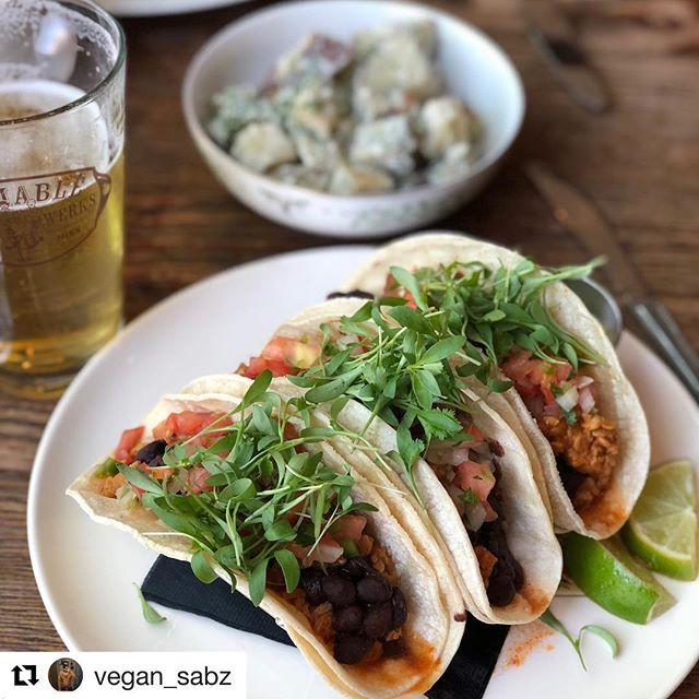 🌮taco 🌮tuesday🌮date 🌮night ✔️2 plates of #plantbased tacos ✔️half carafe of house wine ✔️dessert to share 💲40!  bring your +1 for #tacotuesday and enjoy some plant-based pockets of goodness 💚🌱 thanks @vegan_sabz for the lovely share! #platefortheplanet . . . #vegan #meatfree #skipthemeat #goveg #fortheplanet #yum #yes #loveit #yestoveg #savetheplanet #fightclimatechange #tacos #tuesday #meatlesstuesday #figandfarro #uptownmpls #uptown #mpls #minneapolis