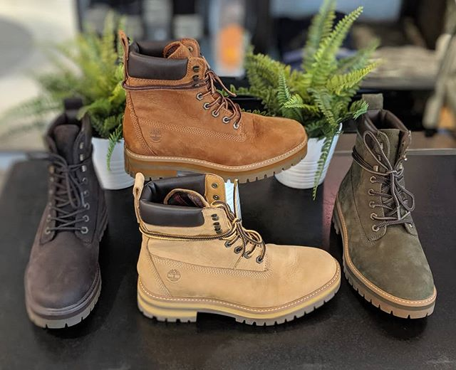 This just in, mens Courma Guy boots! Comfy, classic, and built to last! In stock at @mallofamerica and @calhounsquaremn Timberland locations.  #boots #timberland #fallfashion #fire #bootseason