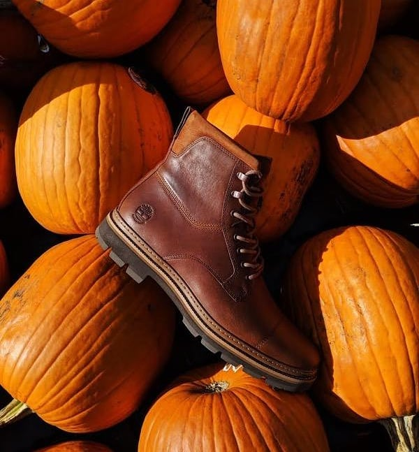Get your Fall on with the Port Unions, which are the Fall's best all-round boot. They're packed with eco conscious materials along with being insulated and waterproof.  #fallfashion #fallishere #timberland #waterproof #ecofriendly