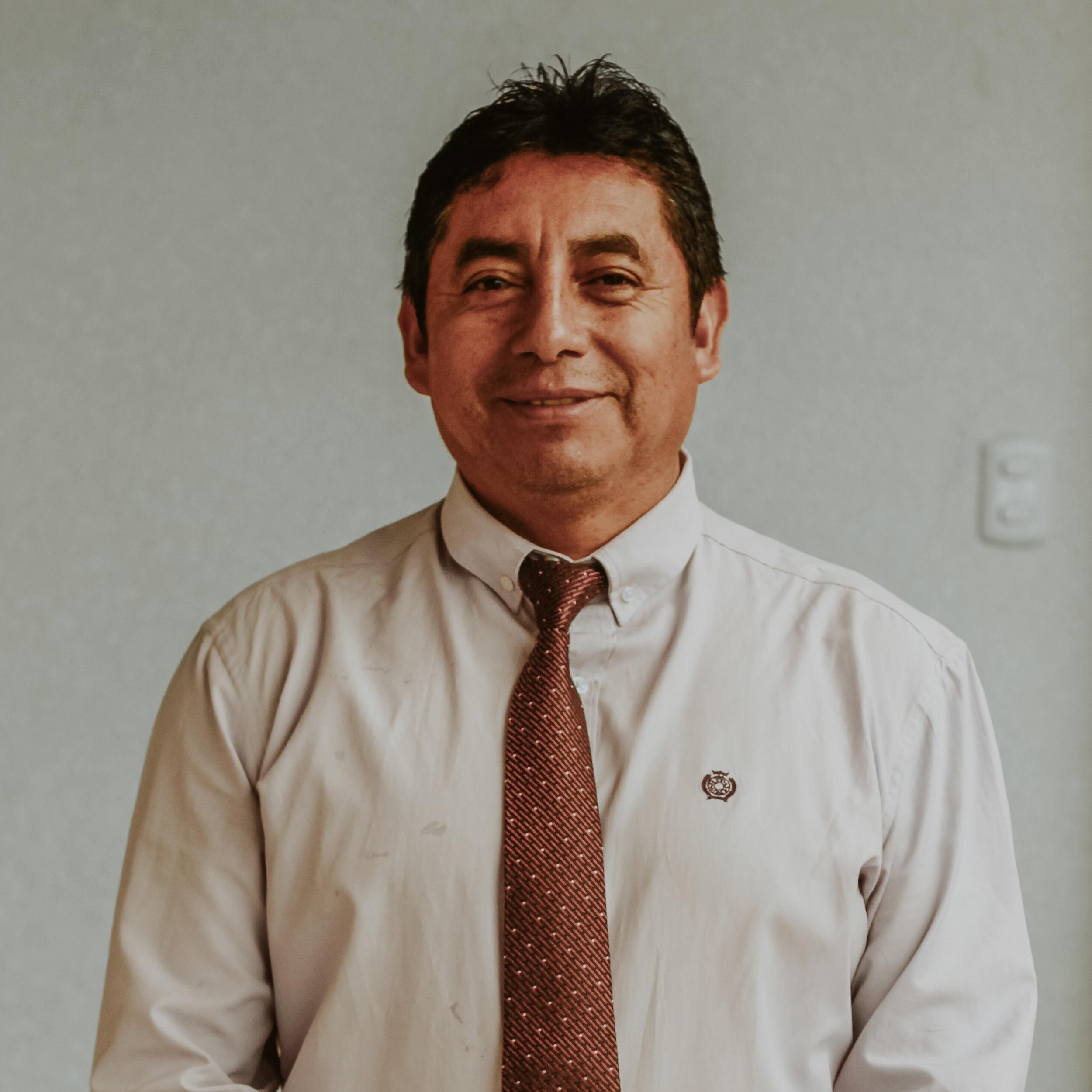 Esvin Gutierrez Director