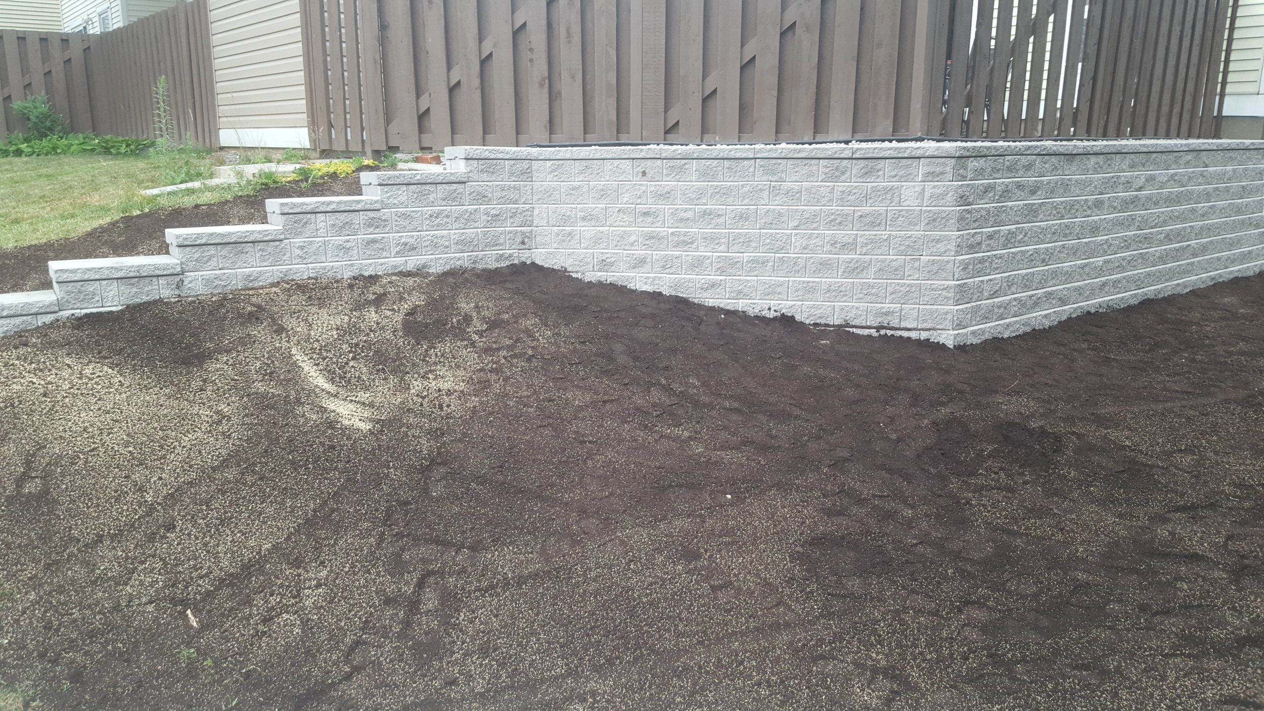 Retaining Walls   Retain any gardens, grass or interlock with unparalleled beauty and strength.