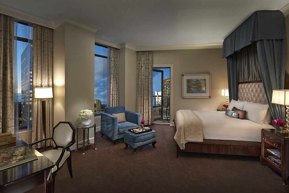 atlanta-14-suite-mandarin-bedroom.jpg