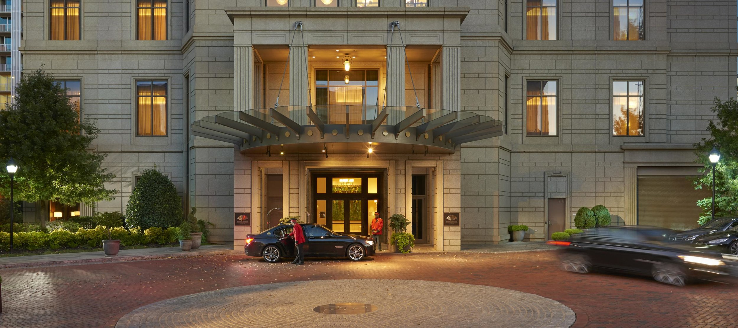 atlanta-14-hotel-exterior-wide.jpg