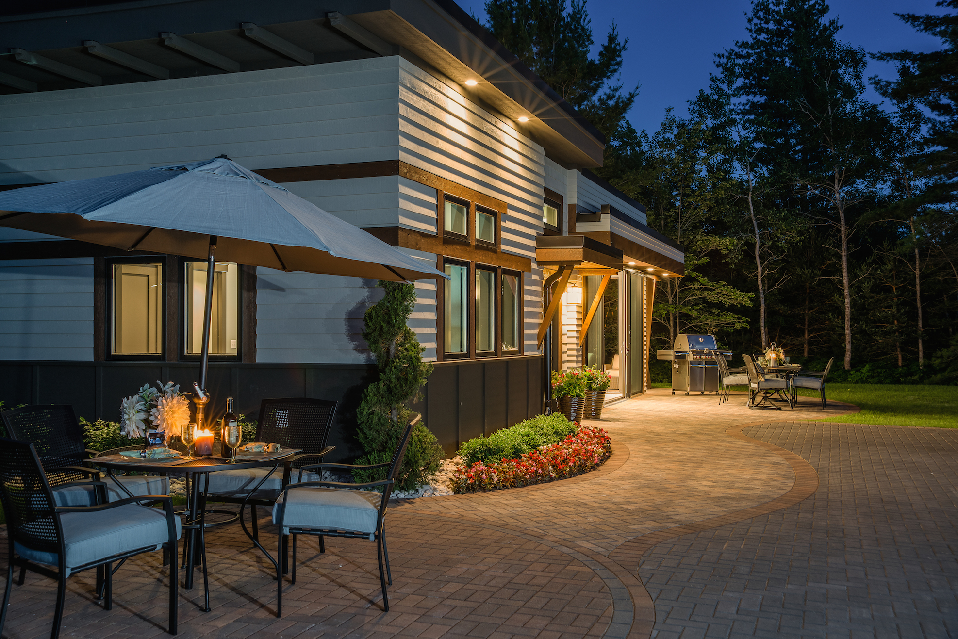Patio pavers and landscape lighting in Troy MI