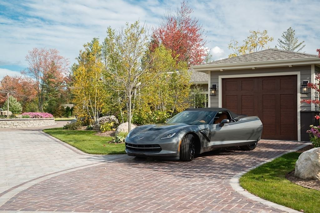 Landscape design with driveway pavers in Troy MI