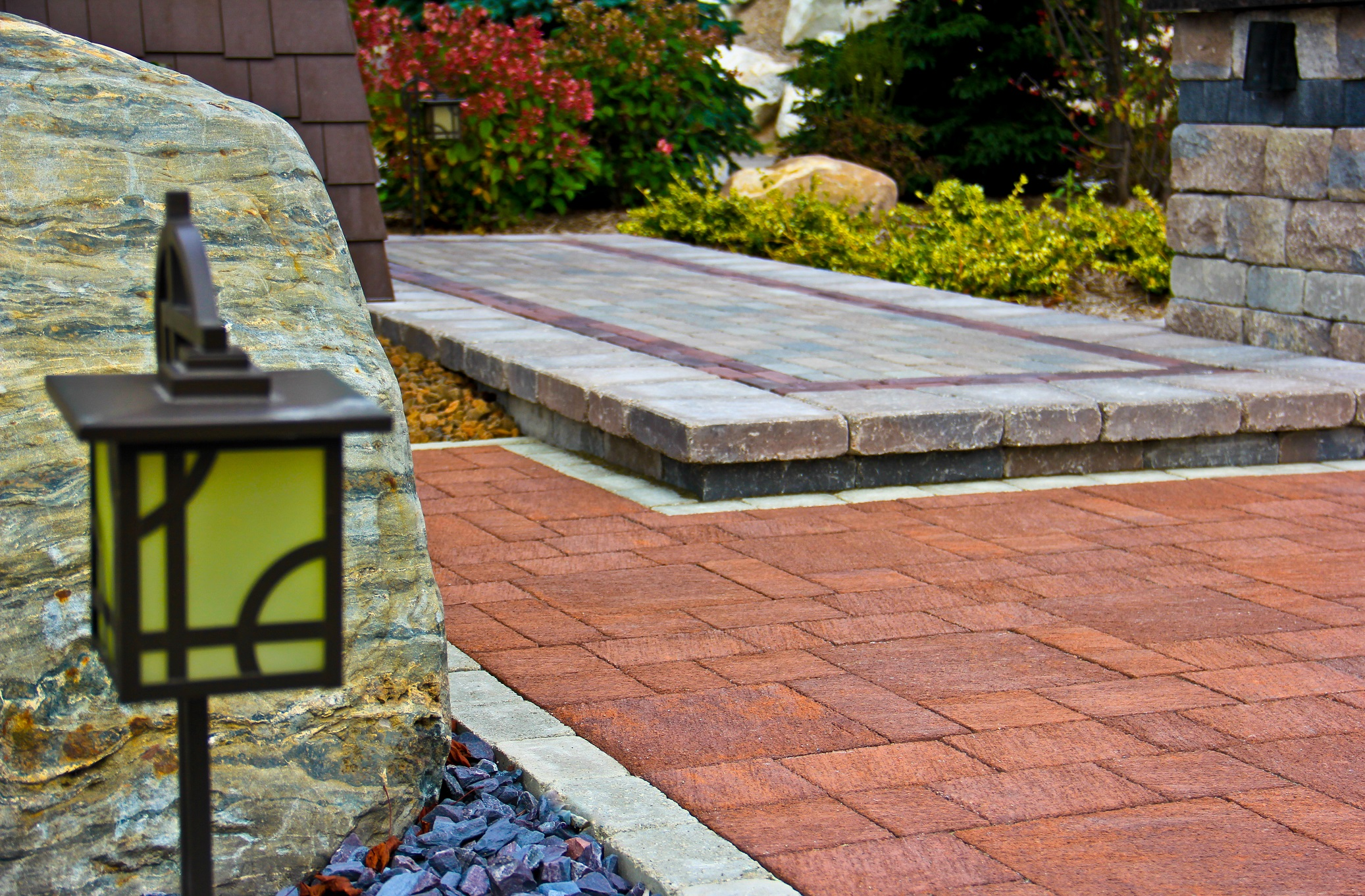 Landscaping companies with top patio pavers in Troy MI