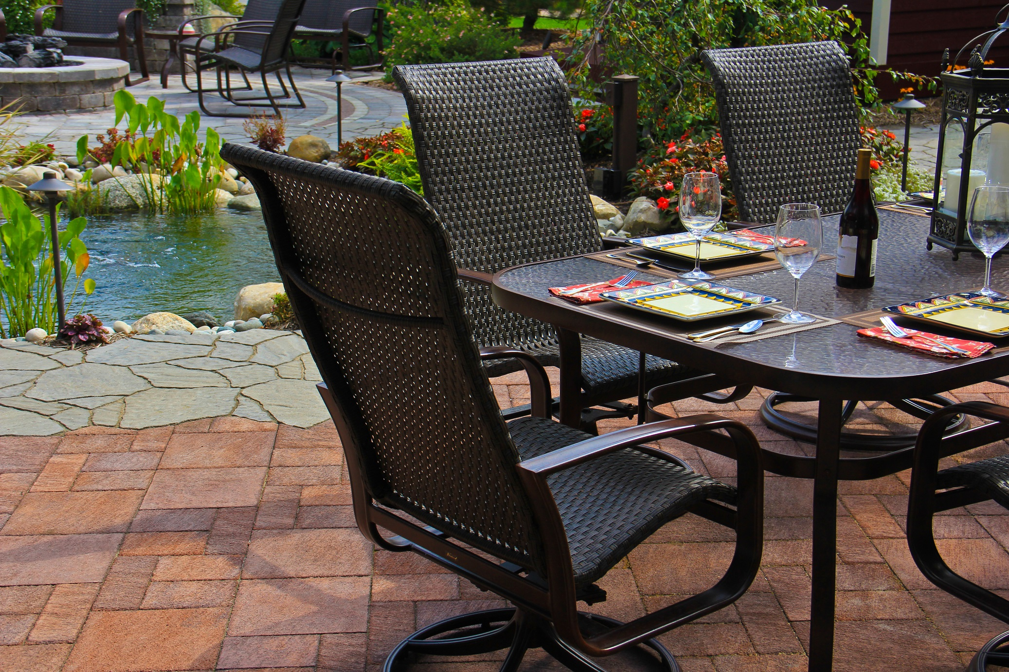 Masonry contractor with top paving stones and patio pavers in Troy MI