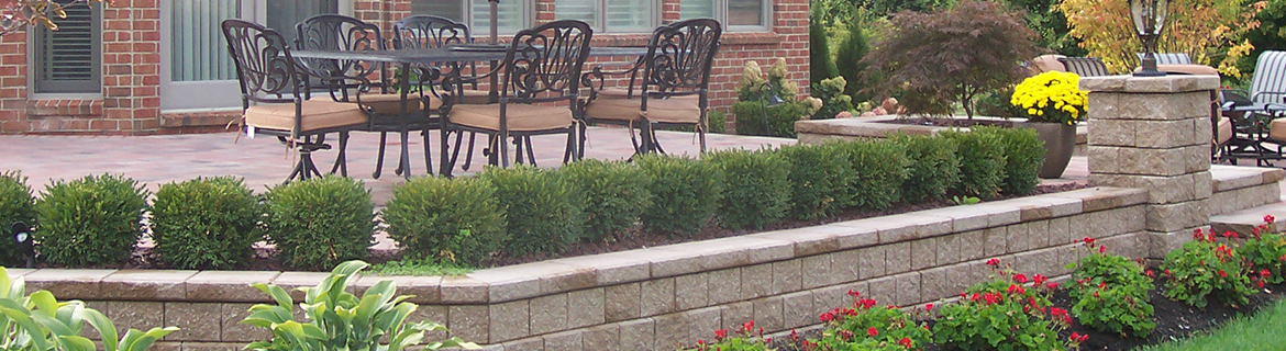 Masonry contractor in Rochester Hills MI with stunning brick pavers and paving stones