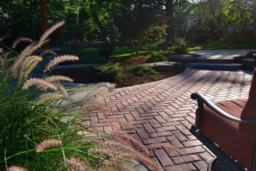 Key Differences Between Concrete and Clay Pavers in Sterling Heights, MI