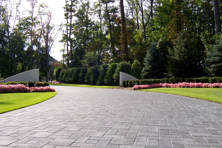 Canton, MI top driveway pavers and paving stones