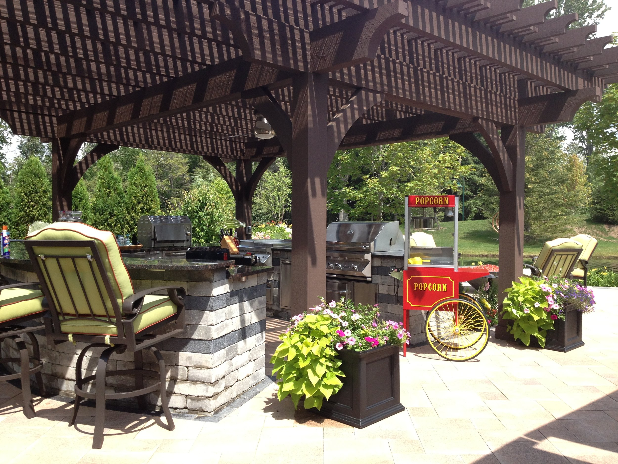 6 Tricks Landscapers Near Me in West Bloomfield Township, MI, Do to Enhance Outdoor Living Spaces