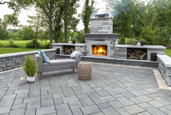 7 Useful Features for Any Outdoor Fireplace in Canton, MI
