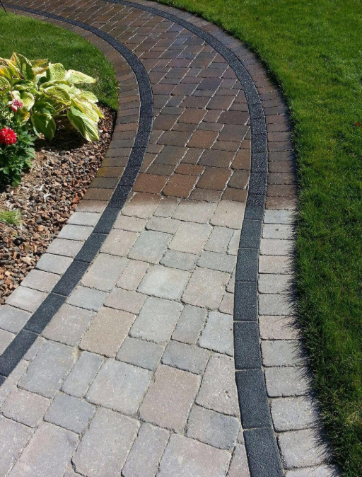 How Do Landscapers Near Me Restore Paver Walkways and Walls in Sterling Heights, MI?