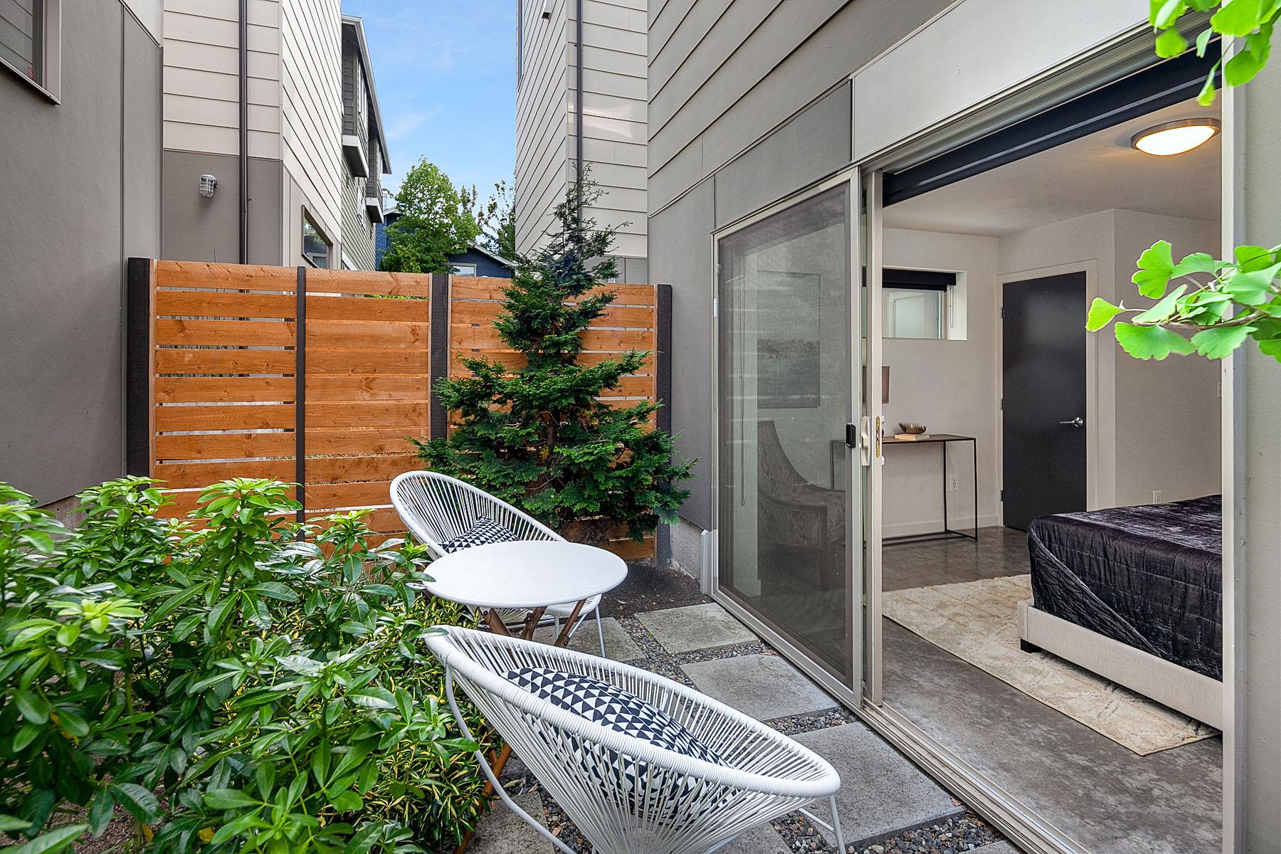 patioside.jpg