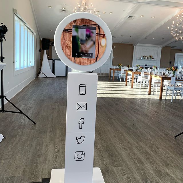The Mobibooth in action @wychmerebeachclub This booth can print, text, email, and generate Gifs and video! #newenglandeventsdj #newenglandevents #newenglandphotobooth #capecodphotobooth #capecodphotoboothrental #wychmerebeachclub #wychmerebeachclubwedding #bostonweddingdj #massachusettswedding #capecodwedding
