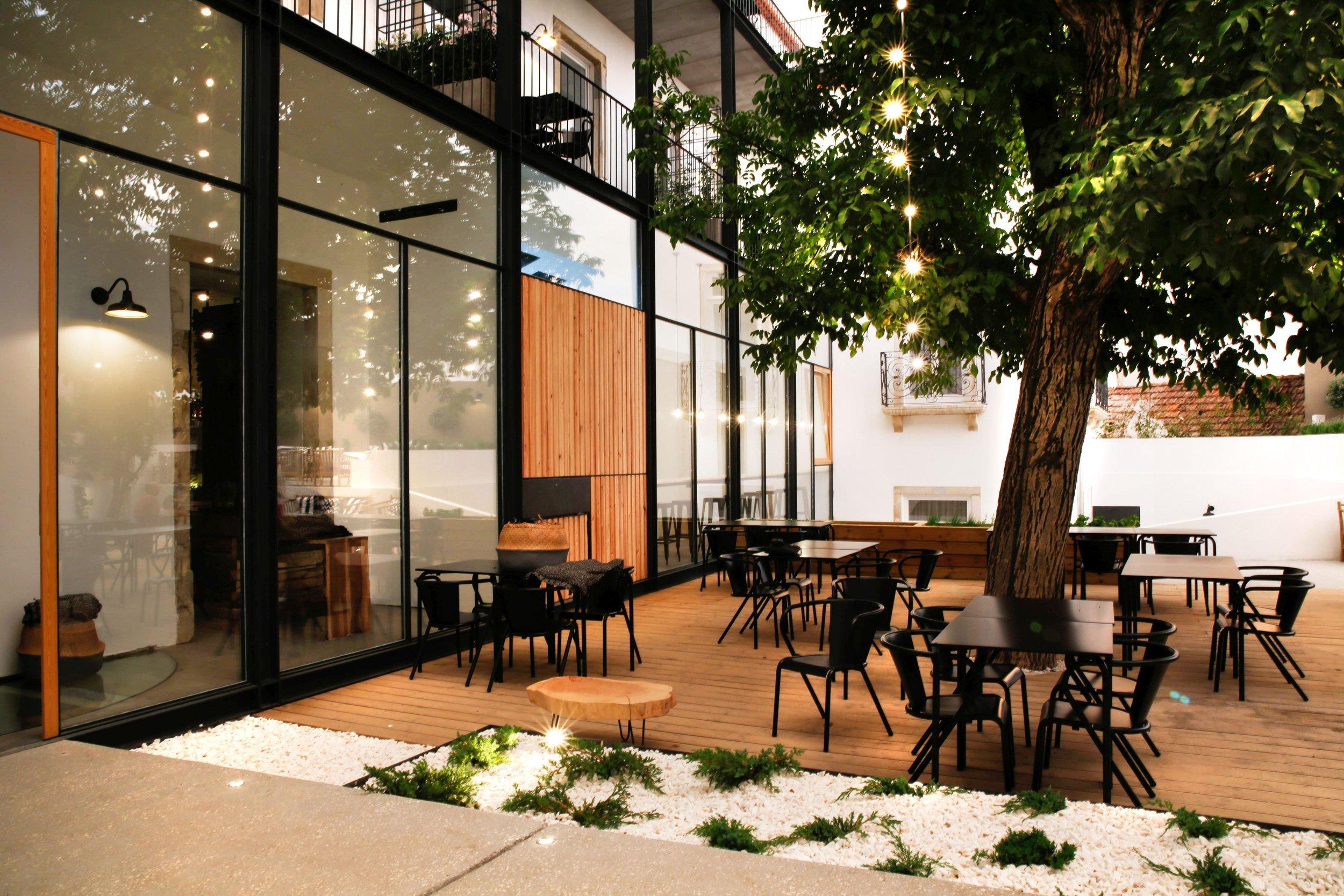 PÁTIO DAS TIAS CAMELLAS - Sapientia Boutique Hotel
