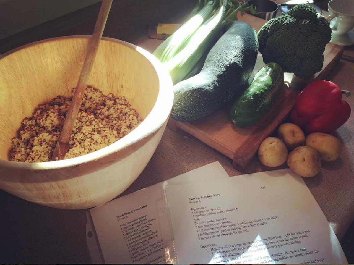 Quinoa-blackbean-salad.png