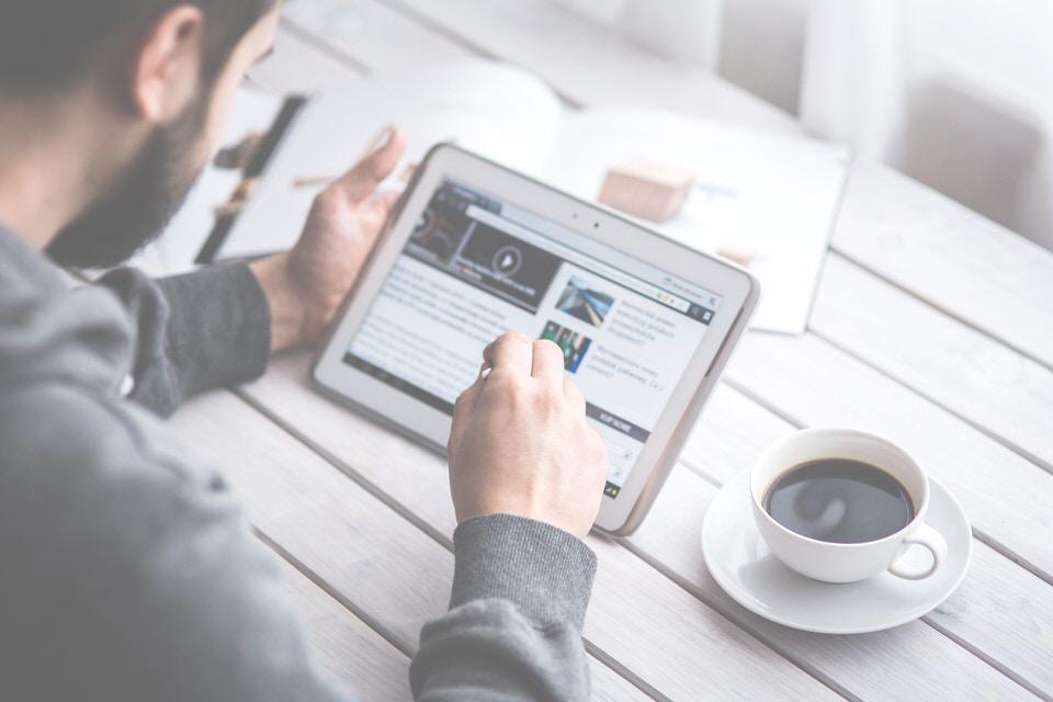 Puoi accedere al corso online direttamente da un computer e/o da un tablet
