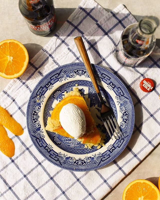 Have you tried @thefashionablefoodie's Orange Double Cola Upside-Down Cake? 😍🙌🏼 #doublecola #drinkdoublecola #doublecolarecipes