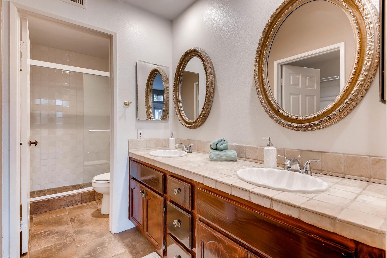 3555 Cameo Dr 64 Oceanside CA-large-023-30-Master Bathroom-1500x1000-72dpi.jpg