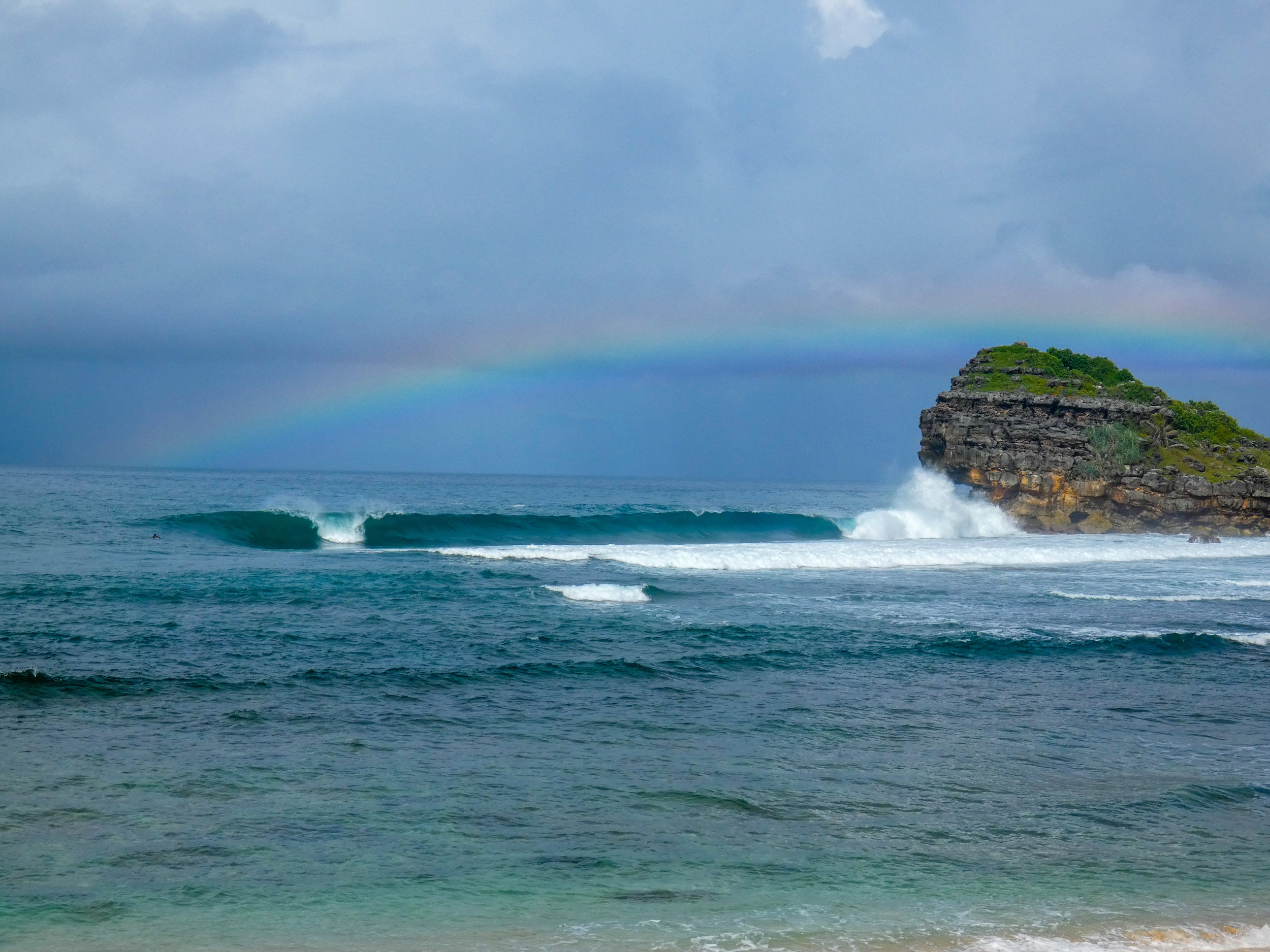 watu_karung_surfing