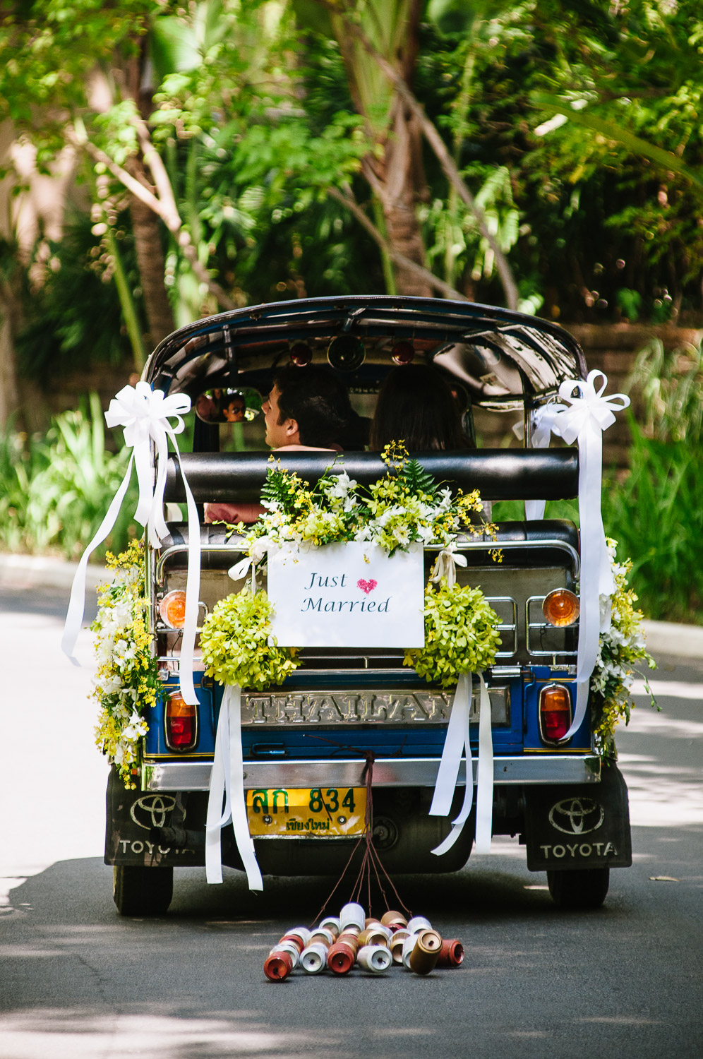 Four Seasons Resort Chiang Mai Wedding, tuk-tuk with Just Married sign.