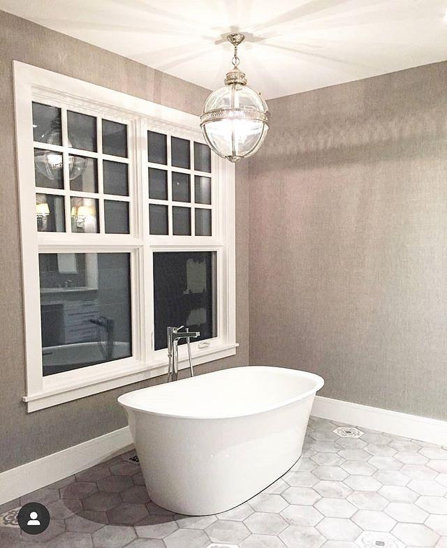 MASTER BATH || Soak up some suds in this deep tub, the perfect place to unwind at the end of a long day. • • • #stonebridge #stonebridgecraftedhomes #stonebridgecrafted #yyccontracting #yycconstruction #yycbuilders #customhomes #bath #bathroom #tub #masterbath #calgaryalberta #calgary