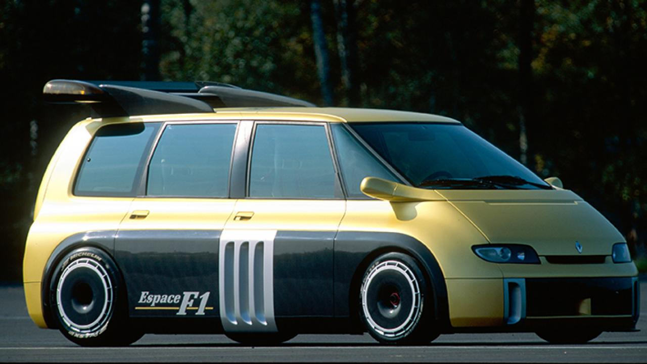 Reminds me of that Datsun black gold commercial from 1980. Only the v10 minivan version… (Credit: Top Gear)