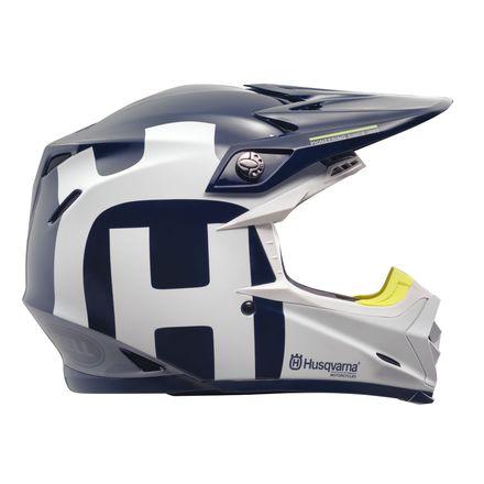 Moto-9 Helmet.jpg