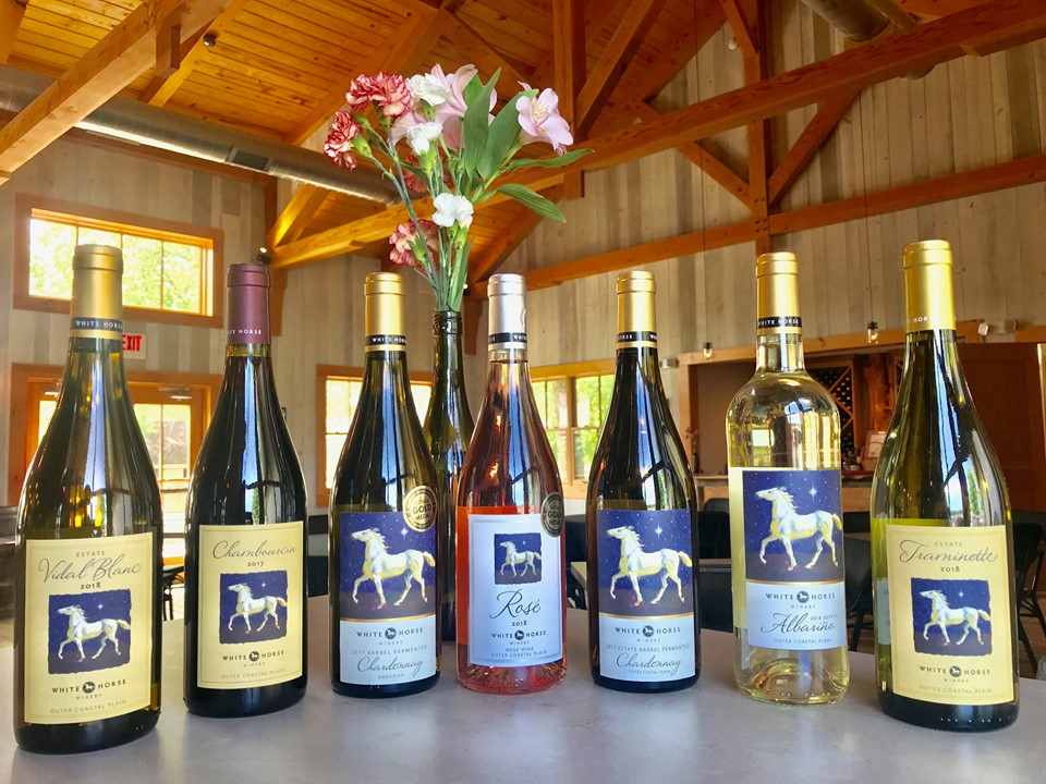 This gorgeous picture is courtesy of White Horse Winery.