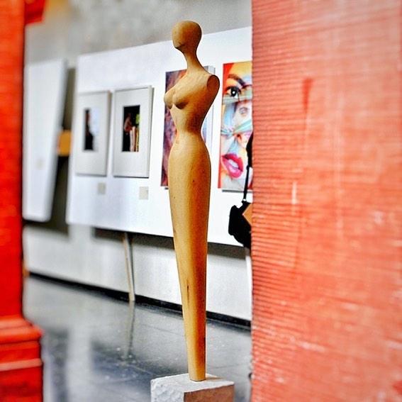 ║█║║█║ SKULPTURBAR | ATELIER & GALERIE Zeitgenössische Kunst  INFO--► www.skulpturbar.de #skulpturbar #sylvioeisl #claudiaeisl #eisl  #holzskulpturen shot by k.-h. bechholz