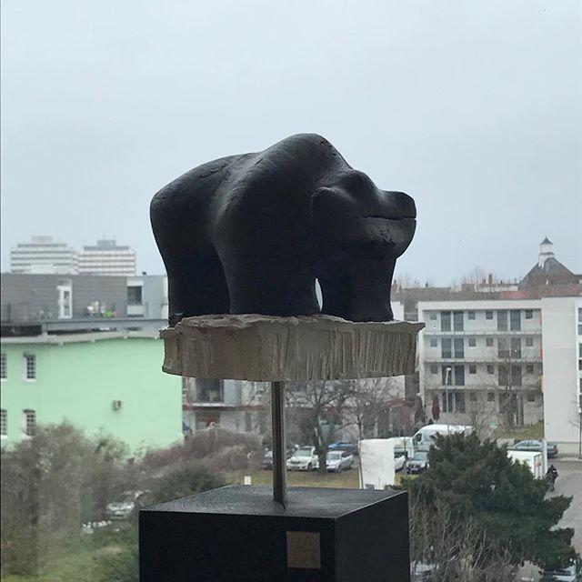 ║█║║█║ SKULPTURBAR | ATELIER & GALERIE Zeitgenössische Kunst  INFO--► www.skulpturbar.de #skulpturbar #sylvioeisl #claudiaeisl #eisl  #holzskulpturen