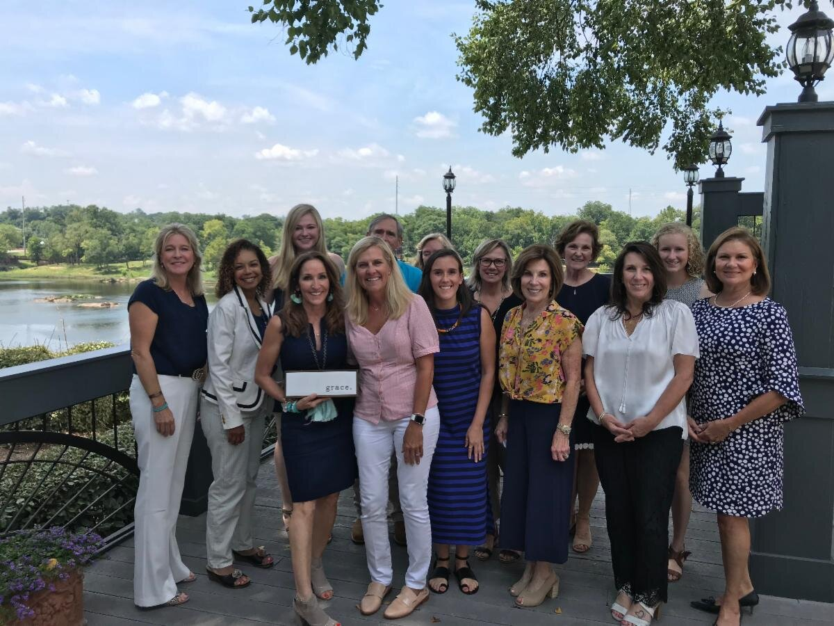 From left to right : Elizabeth Glass, Dr. Brett Murphy-Dawson, Grace Glass, Bobbi Starr, Marty Kemp, Dr. Kim Glass, Landy Sudduth, Cindy Sparks, Pam Bone, Betsy Ramsay, Catherine Trotter, Worth Williams, Olivia Perkins, and Karon Henderson