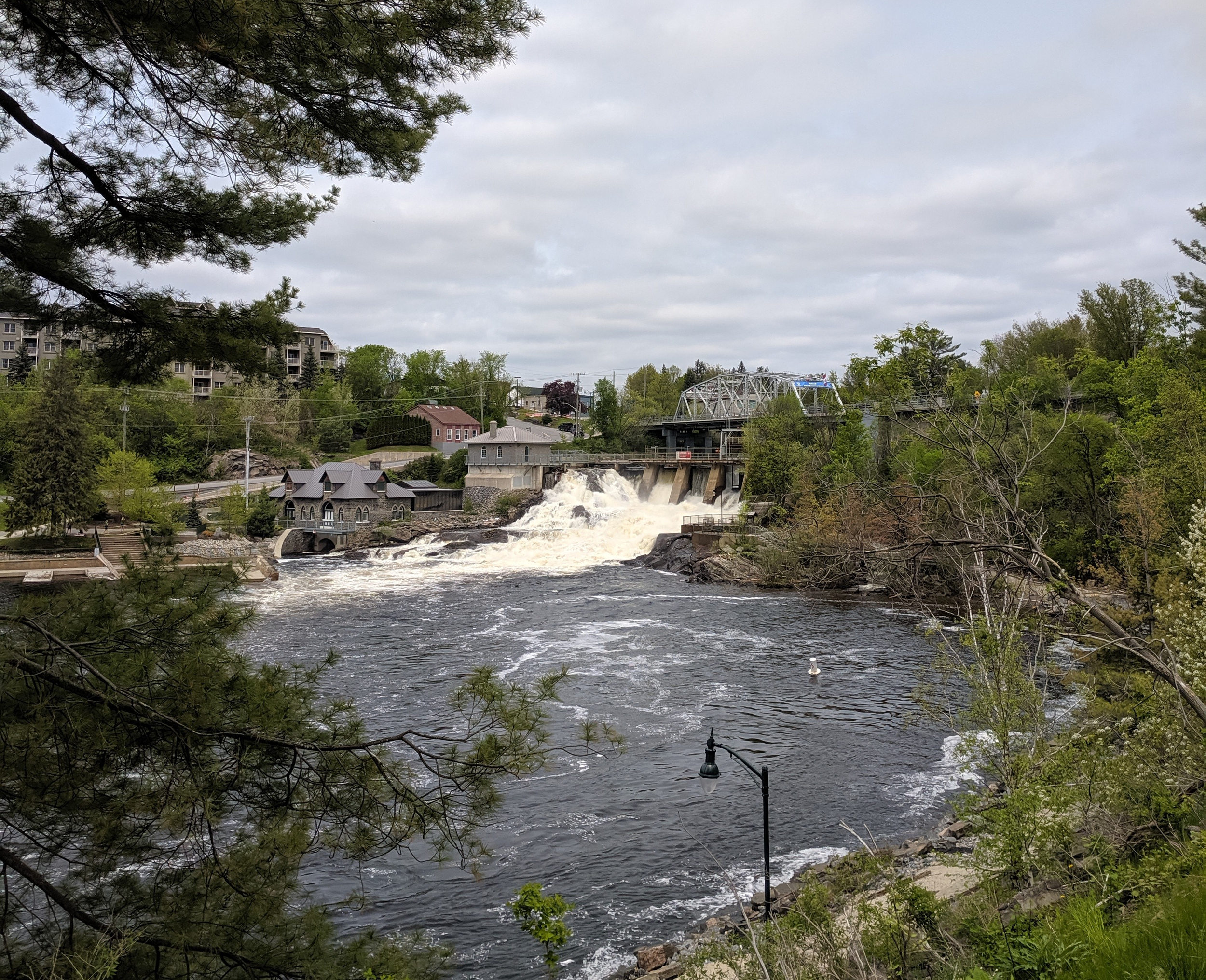 We are proud to grow in Bracebridge, Ontario - Bracebridge was one of the first municipalities in Canada to generate hydroelectric power. In 1894 the town built an 84 kilowatt generator, becoming a pioneer for renewable energy.125 years later, approximately 70 percent of Bracebridge electricity comes from hydro generation.We're proud to grow in a community that values sustainable practices and we aim to implement that theme of conservancy into everything we do.