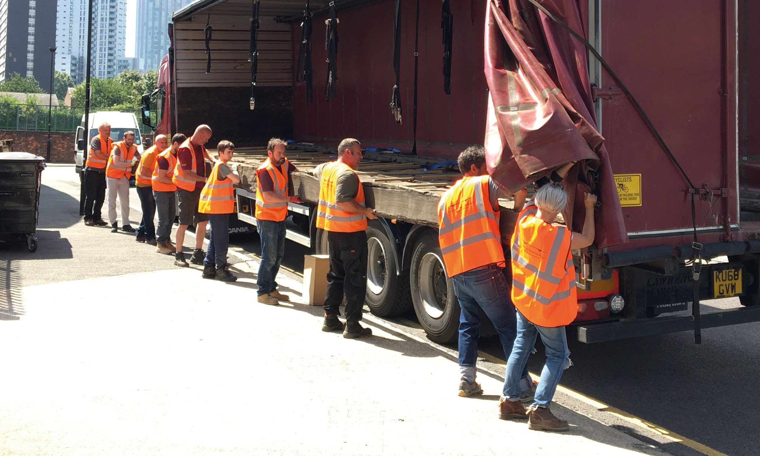The 10 planks arrive in London