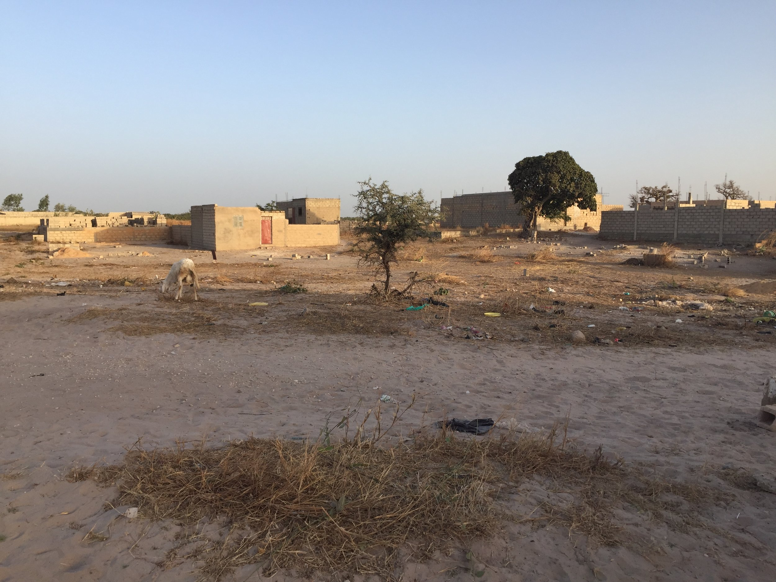 Niakoulrab..Part 2 - LOCATION: NIAKOULRAB, Tivaouane PeulHcountry: SenegalREQUIREment: 3 Classrooms type: elementary schoolCONSTRUCTION: 2019MATERIALs: Sand