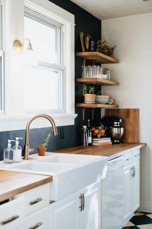 Black-Wall-Kitchen.jpg