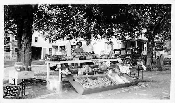 Original Paisley Farm Stand, 1932