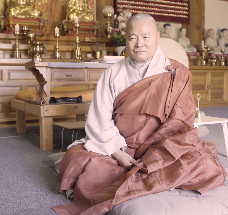 Monk Jung-yeon - Director of general affairs at Donghwasa Monastery, South Korea the 9th parish and head of office of Jogye Order of Korean Buddhism.He provides the wisdom of eastern buddhist practices to give an eastern perspective on the western movements of psychology and mindfulness.