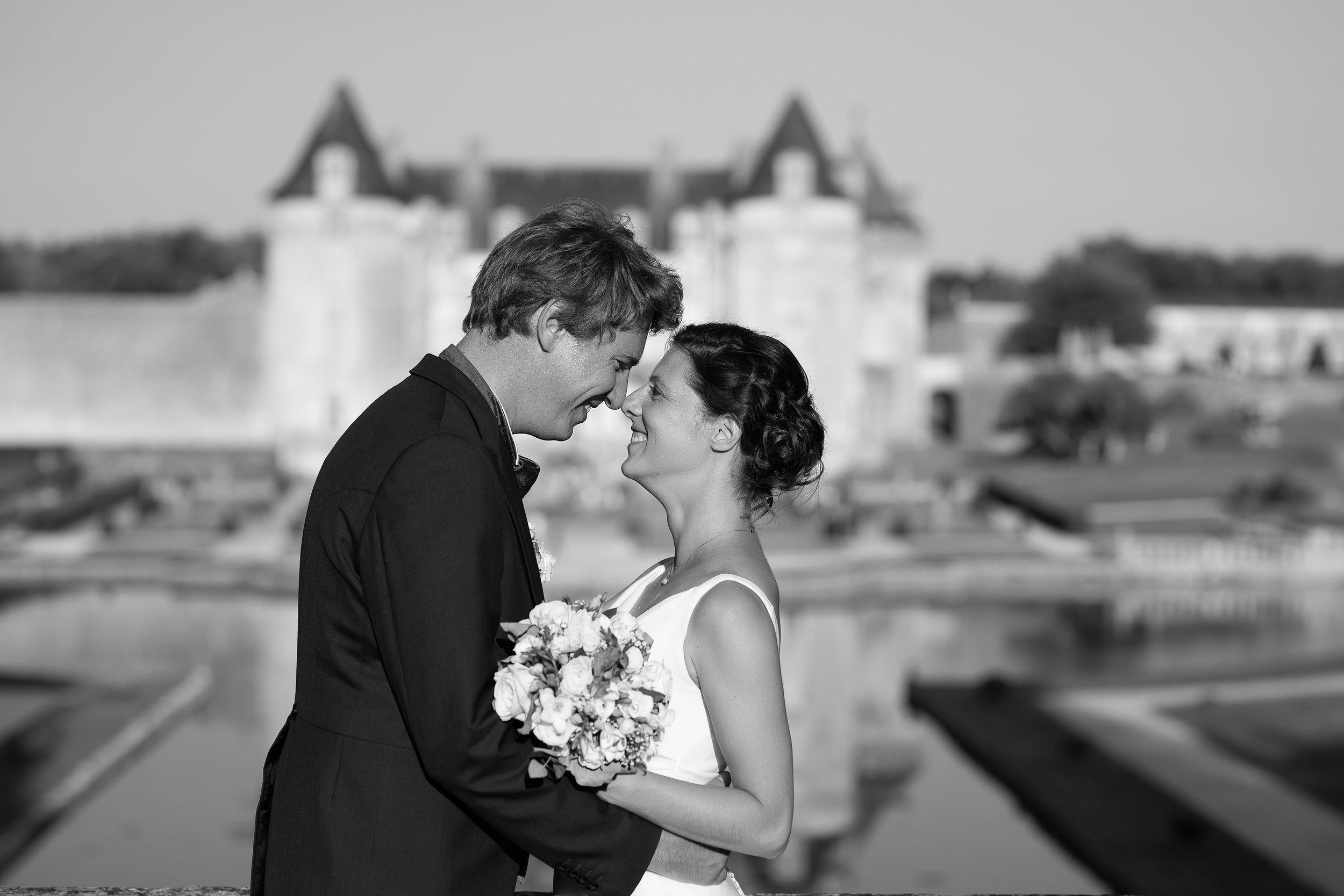 photographe-mariage-chateau-la-roche-courbon-353.jpg