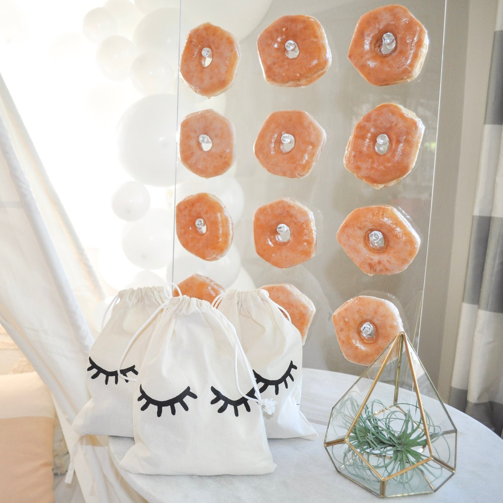 donut wall | $10 rental