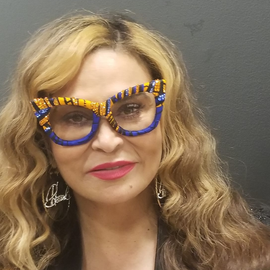 Tina Knowles in If Eye Ever.jpg