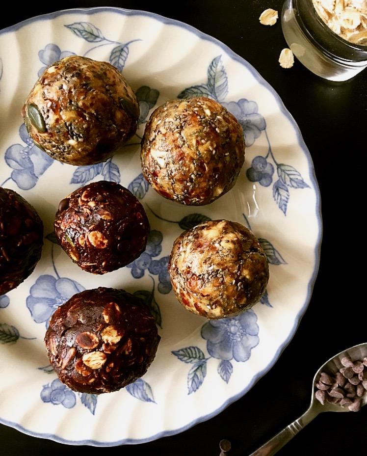 chocolate PB Energy Balls.jpg